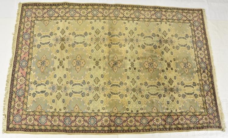 Ivory Mashad Room Size Carpet