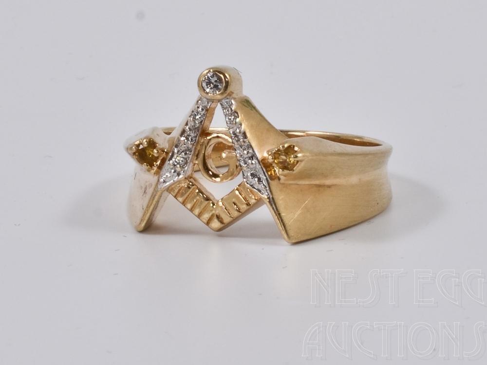10K Yellow Gold Men's Masonic Diamond Ring