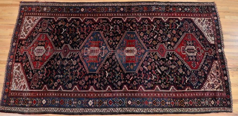 Persian Wool Oriental Rug / carpet
