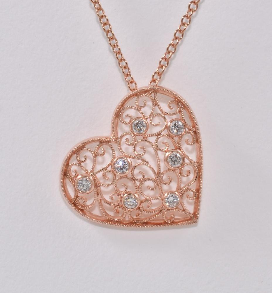 Ladies 18K Diamond Heart Pendant & Necklace