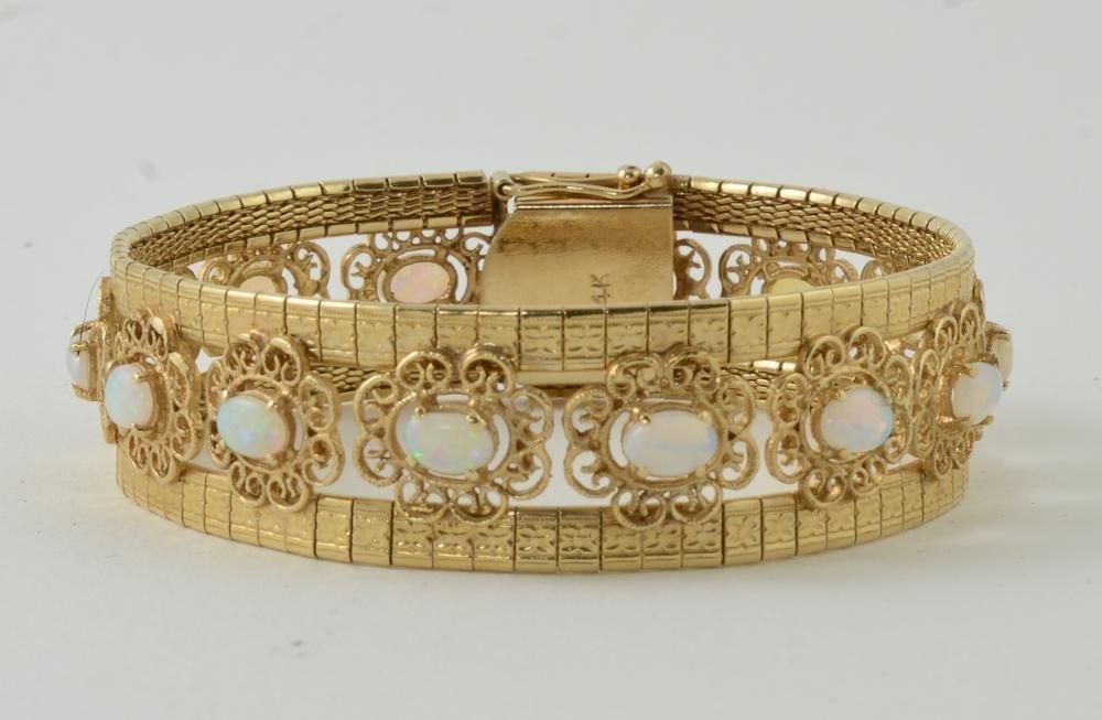 Ladies 14K Yellow Gold Opal Bracelet