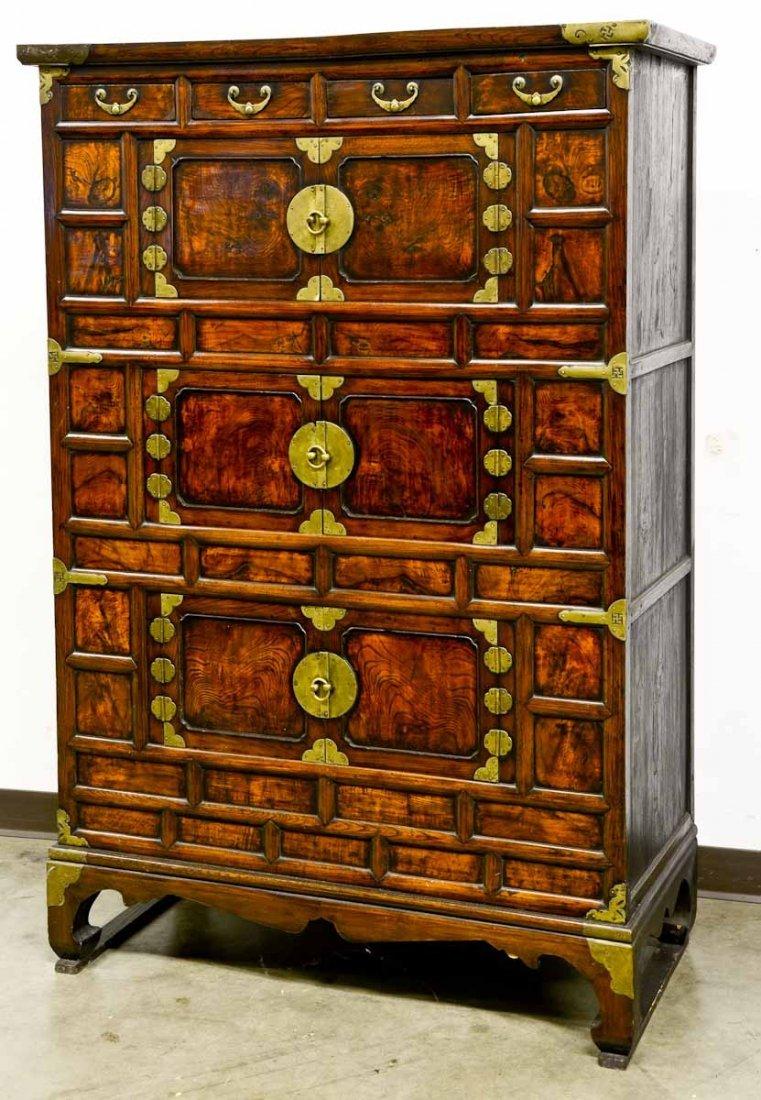 Fine Korean storage chest