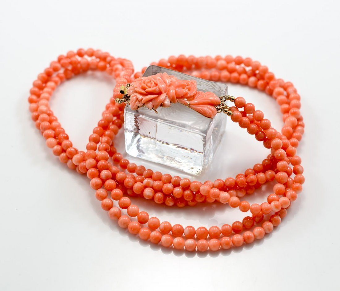 Ladies Chinese Pink Coral Necklace