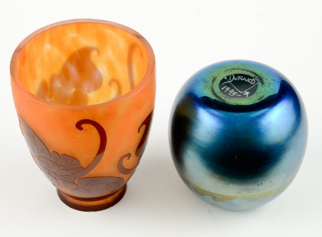 2 Pieces of Art Glass - 2