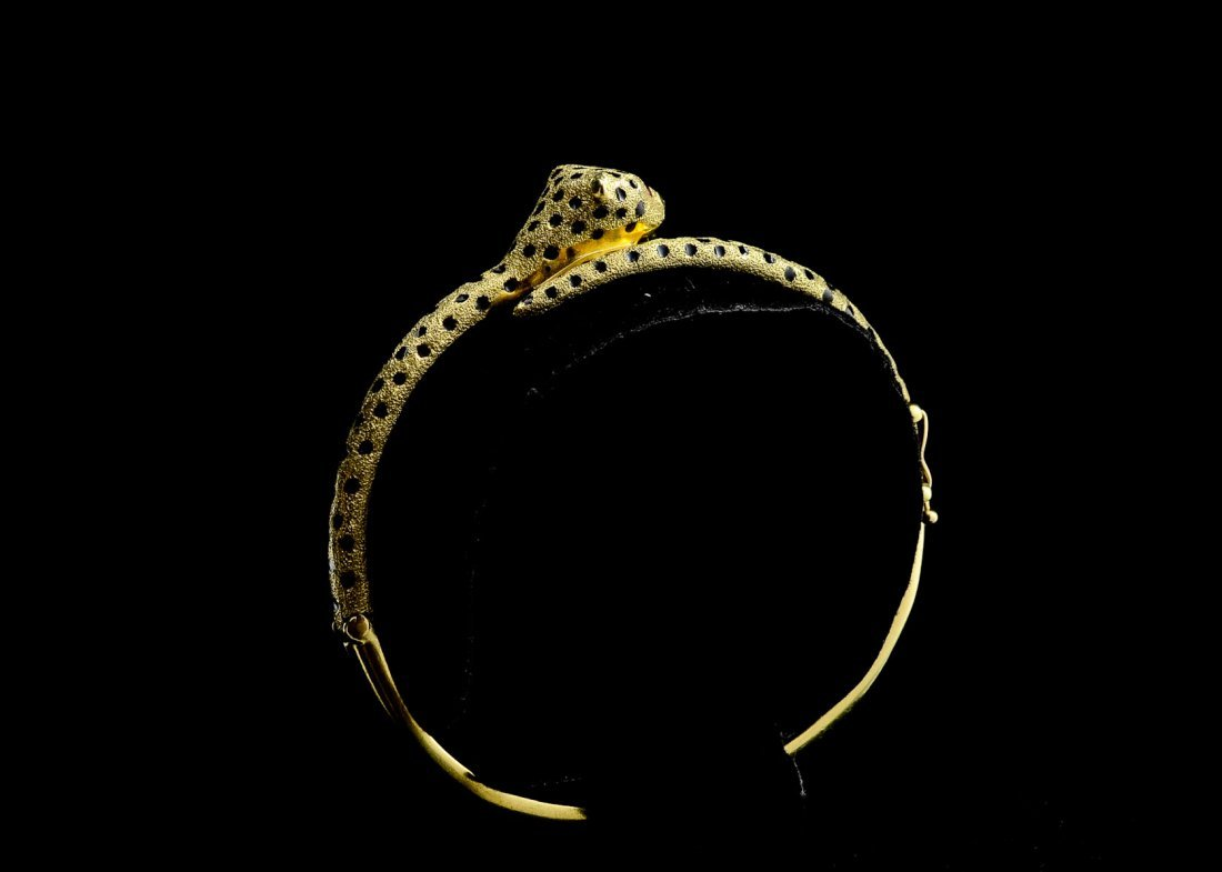 Ladies 14K Leopard Form Bracelet - 4