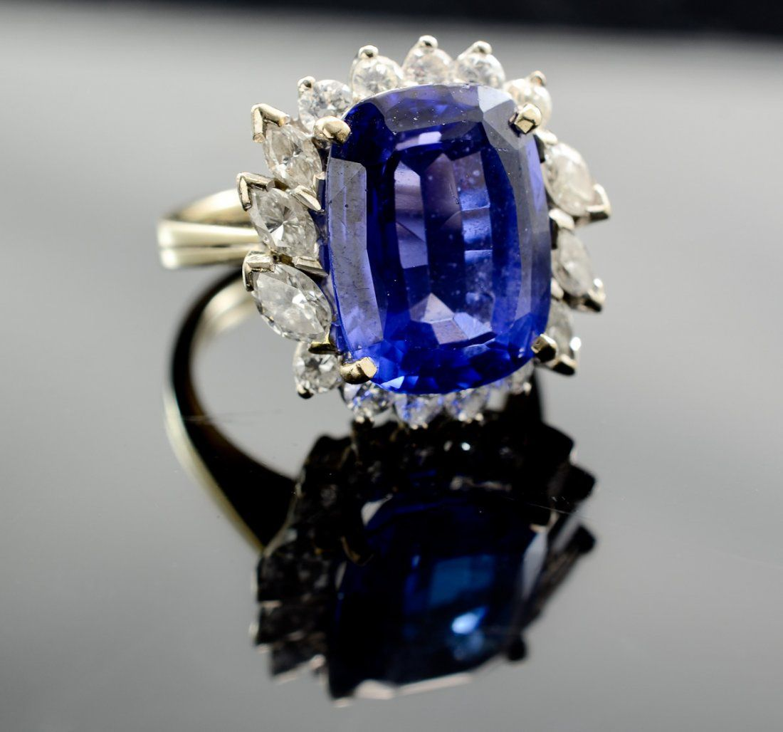Ladies 14K Natural Tanzanite Ring