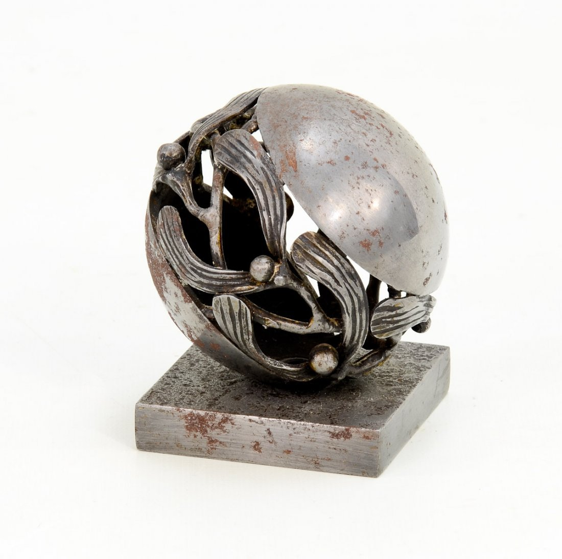 1921 Edgar Brandt Paper Weight - 2