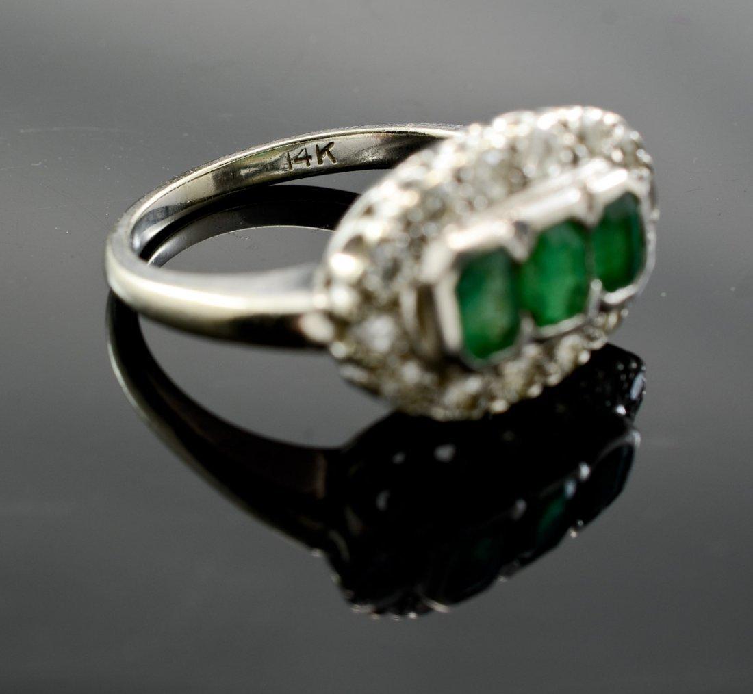 Art Deco Emerald and Diamond Ring - 3