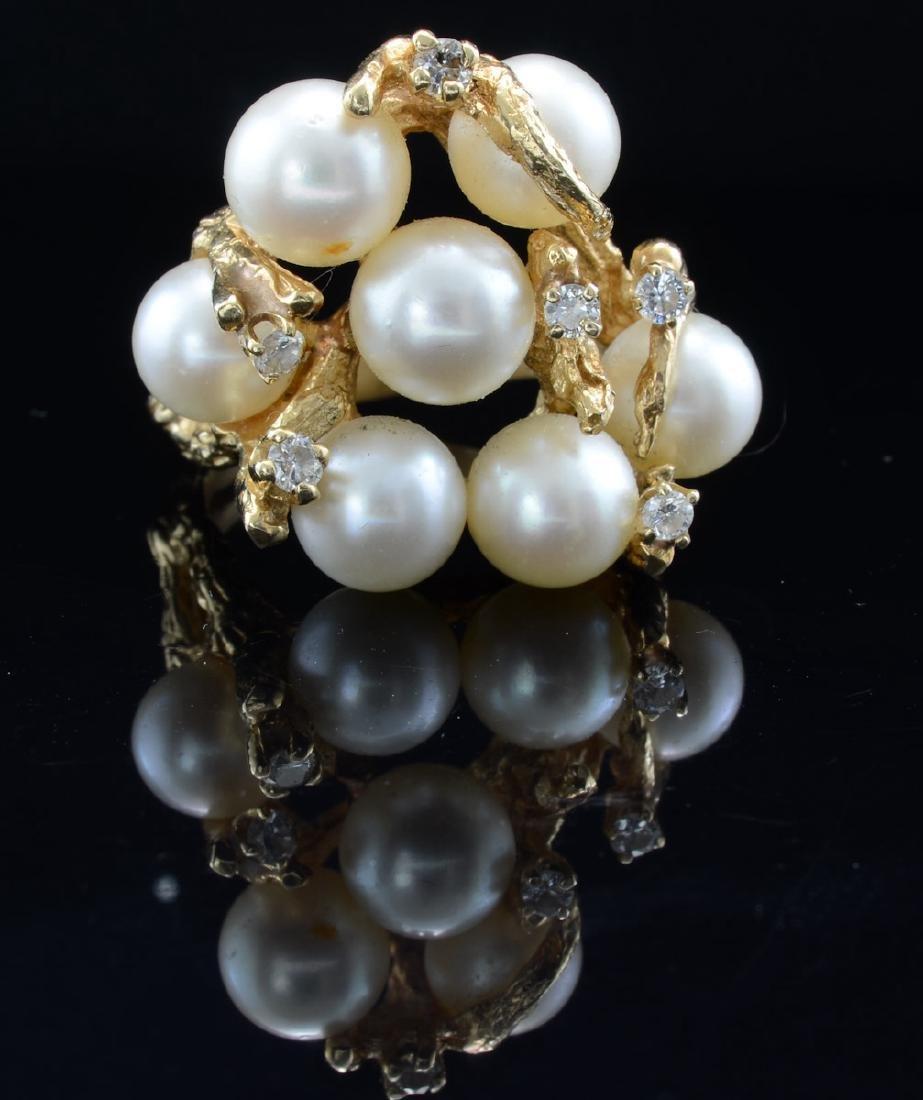 Ladies 14k Pearl and Diamond ring