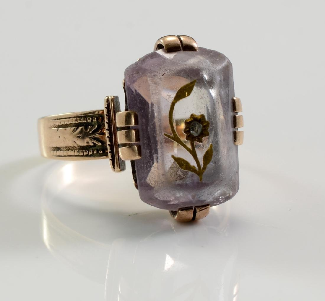 Ladies Antique 14K Carved Amethyst Ring