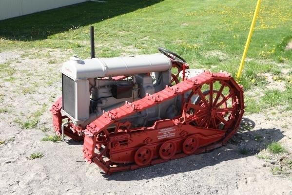 367: 1927 Fordson tractor w/track conversion (Rare)