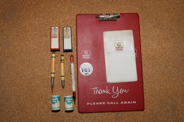 703: White Rose clipboard & Esso Gas Pump salt & pepper
