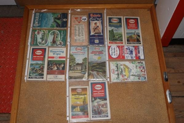 709: Lot of Esso road maps