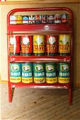 1075: Stamped Canadian Oil Co oil rack incl. cans