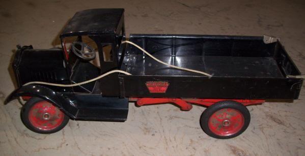 Pressed steel Keystone toy truck - original paint