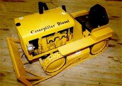1117: Child's 1950's Caterpillar bulldozer ride on toy