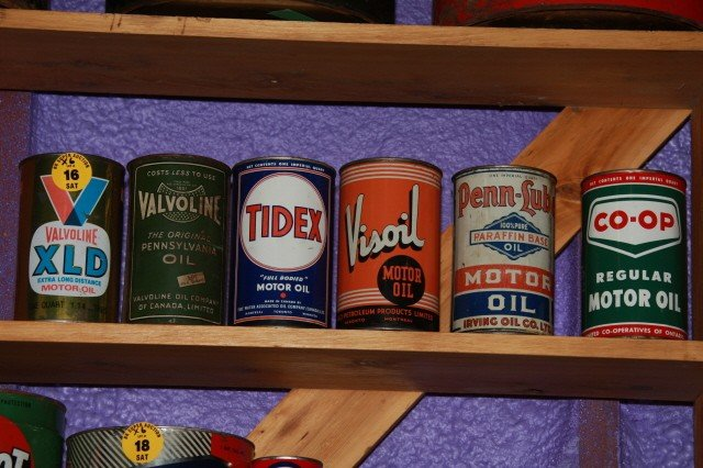 16: Assorted oil cans