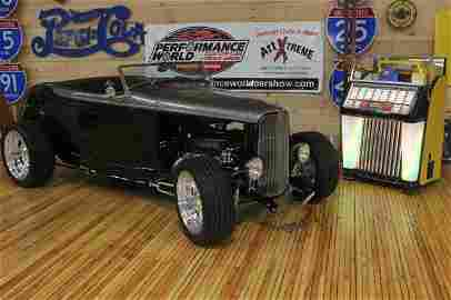 955: 2007 - 1932 FORD ROADSTER