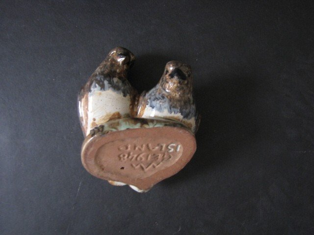 11: 2 pieces of GE island pottery