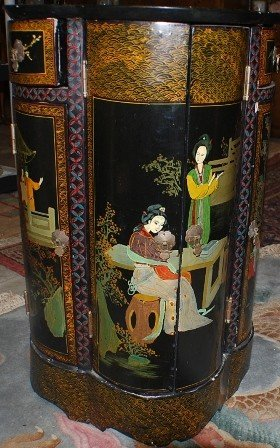 2: Chinese Export hand painted stand