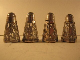 18: Set of 4 inlaid ss salt and pepper shakers