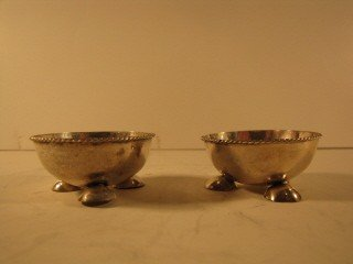 20: Pair of SS footed salts, made in Mexico .925