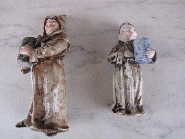 14: pair majolica figurenes