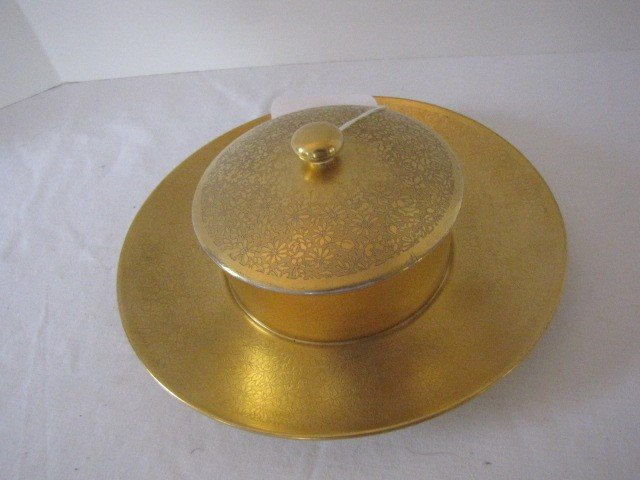285: Piccard covered dish w/ under plate