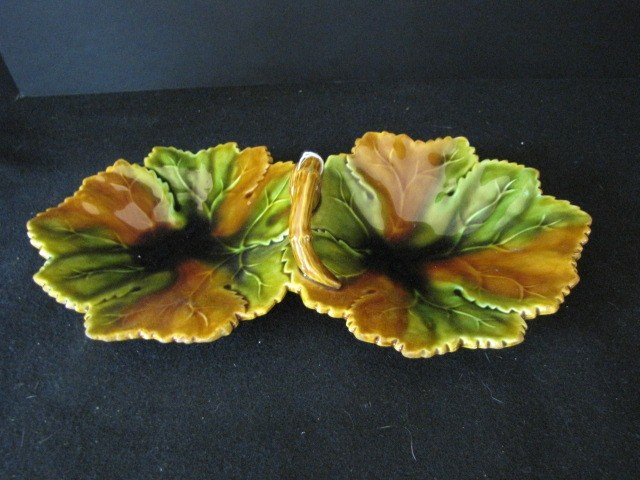 297: Majolica double candy dish