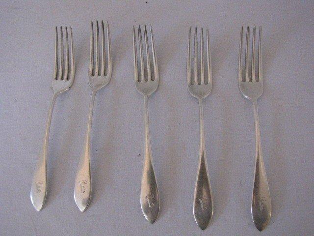 333: 5 Sterling silver forks