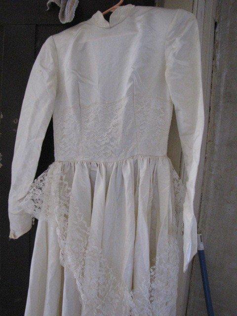 2: Mid 1900's wedding dress