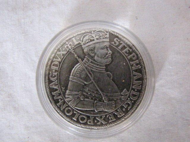 8: Coin, Stephan