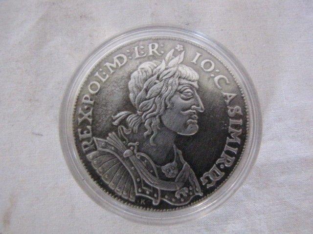 10: Coin, Casimir DG