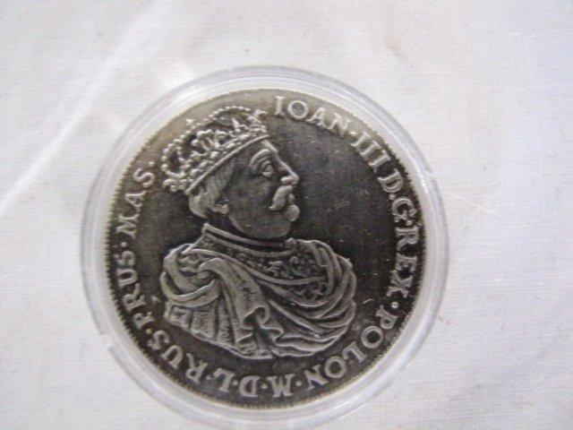 13: Coin, Ioan III
