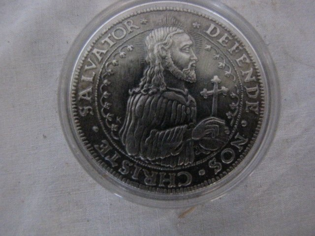 14: Coin, Salvator