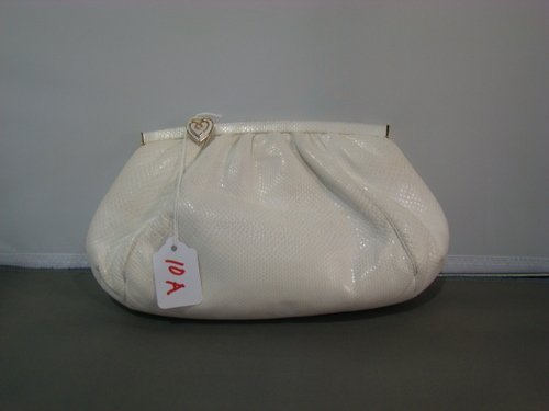 10A: VINTAGE JUDITH LEIBER LEATHER CLUTCH