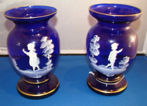 20: PAIR OF MARY GREGORY COBALT VASES