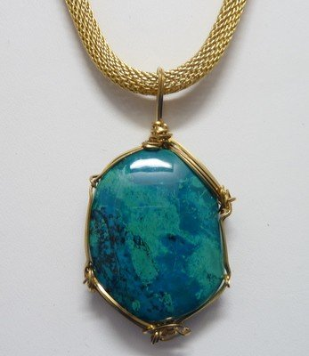 8: VINTAGE MINERAL STONE NECKLACE