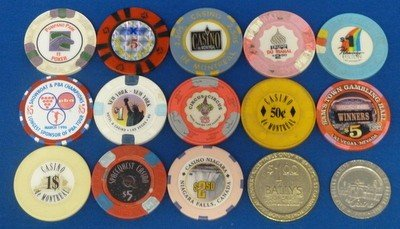 19: LOT OF 250 VINTAGE &CONTEMPORARY CASINO CHIPS