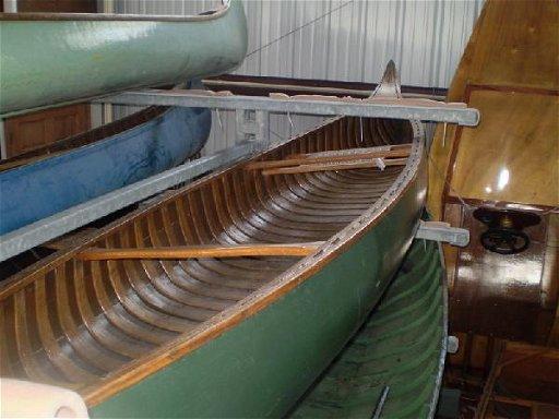3: 16 Feet 1930 Old Town Canoe