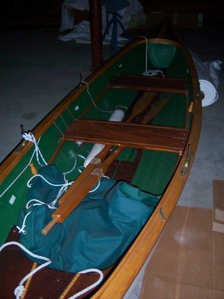 10: 18'3 Feet 1999 St Lawrence Fiberglass Rowing Skiff