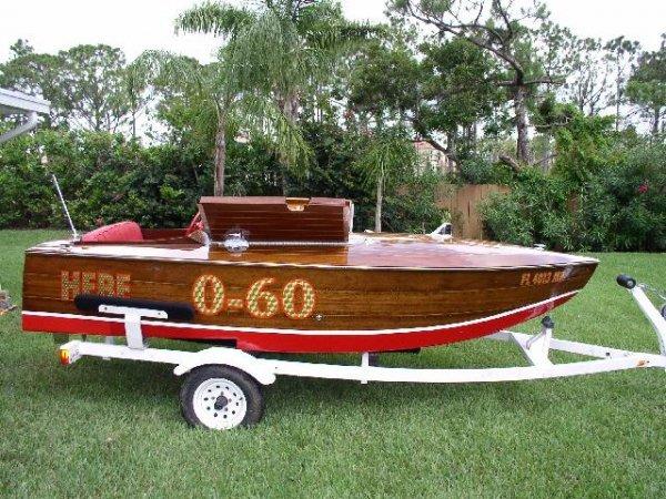 14: 14 Feet 1933 Sommerset Boatworks Raceboat