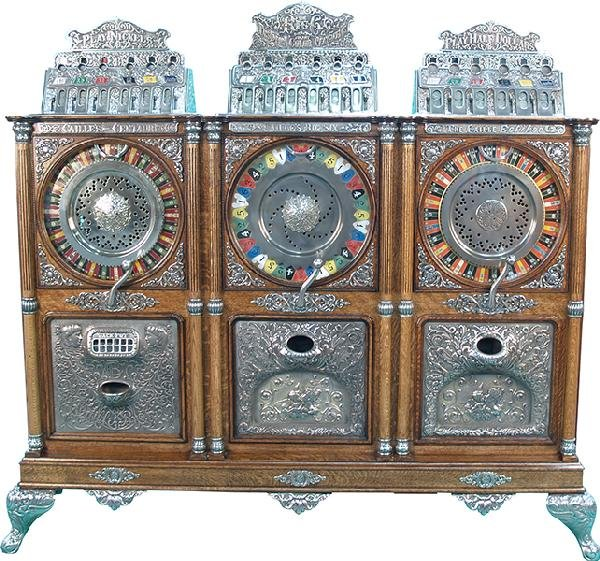 381: Caille Triple Upright Slot Machine