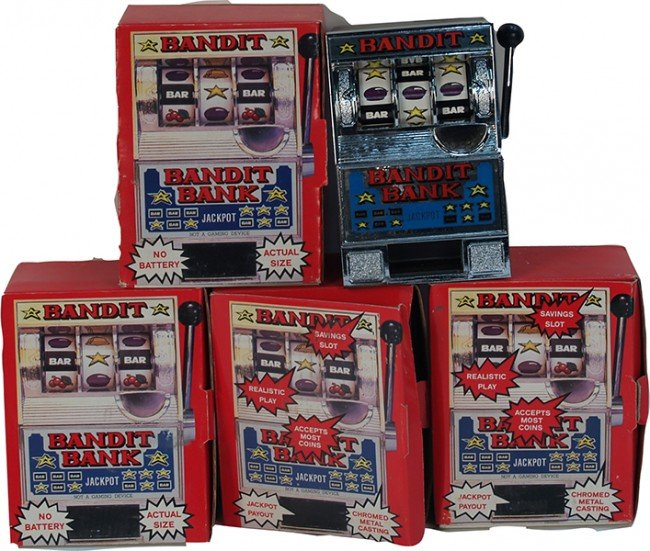 "703: Lot Of 5 Miniature """"Bandit"""" Slot Machine Banks"