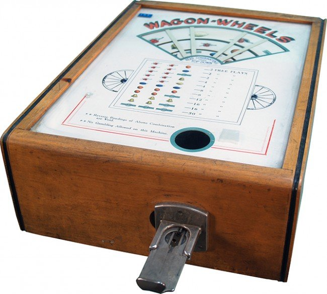 "706: Coin-Op Countertop """"Wagon Wheels"""" Skill Game Tra"