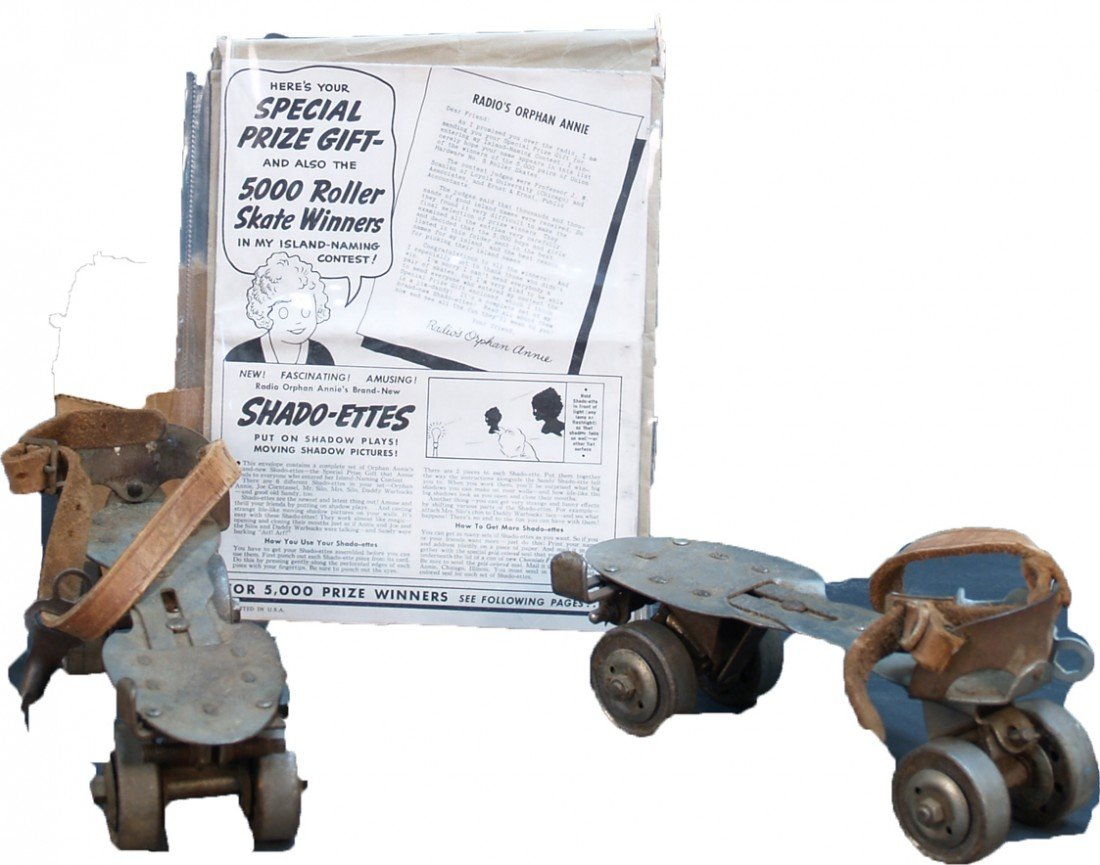 260: Lot Of Vintage Roller Skating Items: