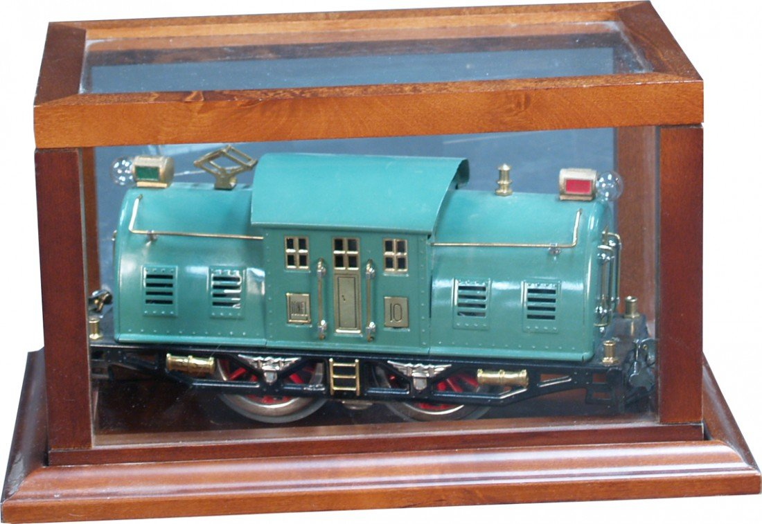 "262: LIONEL Trains 10 ""N"" Gauge Engine"