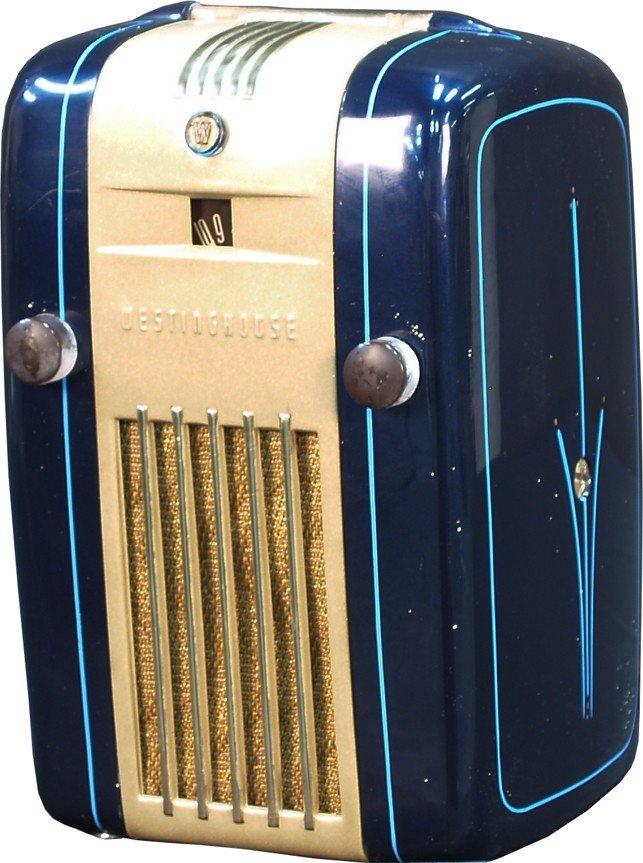 805: Vintage Countertop Westinghouse Refrigerator Radio