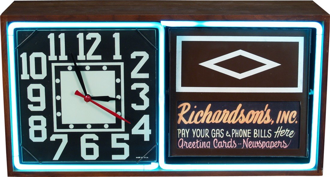 813: Countertop Wood & Neon Flip Advertisement Clock Si