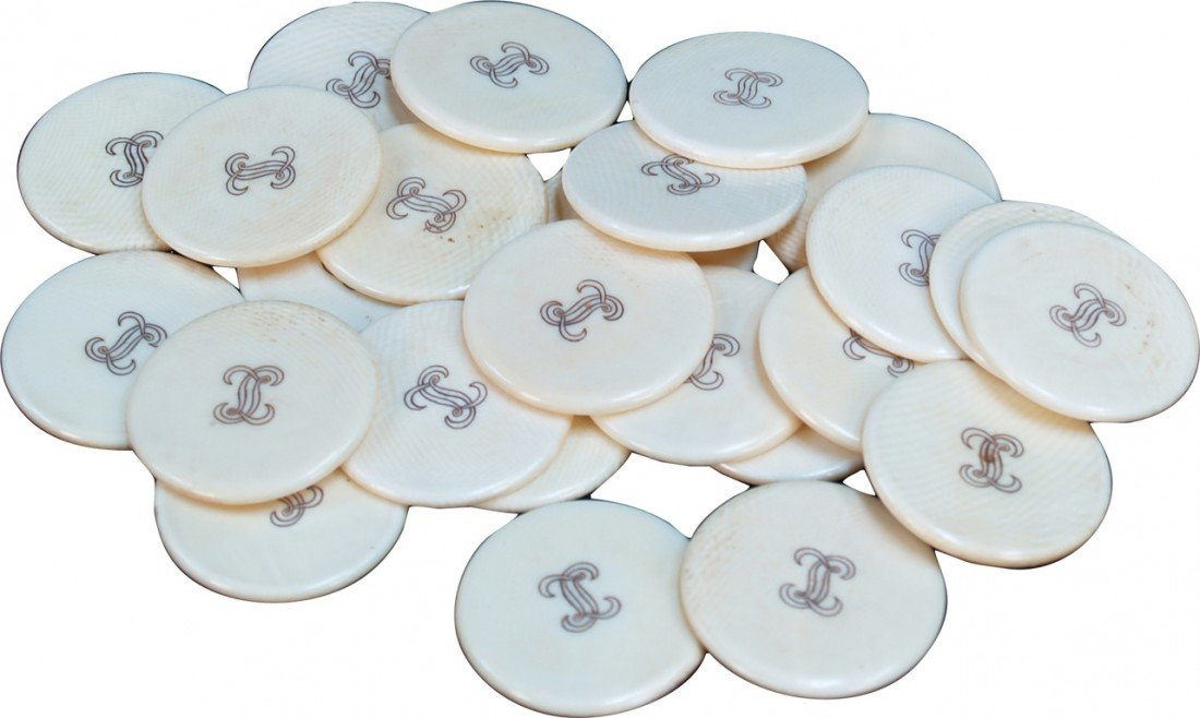 13: Lot Of 25 Ivory Poker Chips